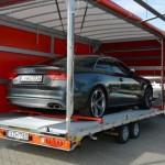 autó szállítás zárttrailerrel